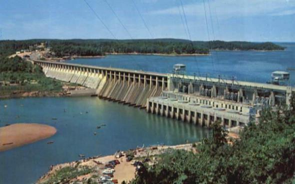 Bagnell-Dam-in-Missouri-United-States