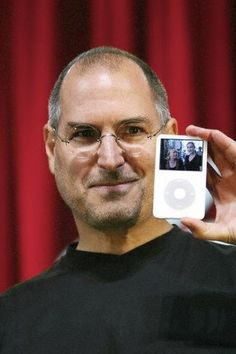 Steve Jobs and iPod