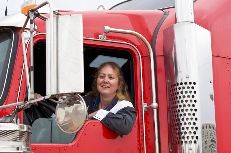 woman-truck-driver